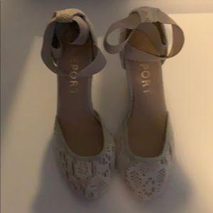 Light bright wedge heels